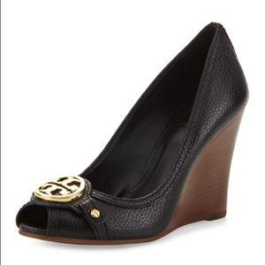 Tory Burch Leticia peep toe leather wedges sz 7